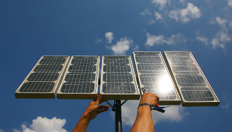 Cabinet backs cuts to solar power subsidy