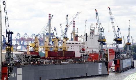 Politicians call on government to save German shipbuilding