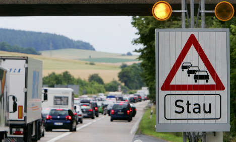 Transport minister suggests autobahn ban on trucks passing