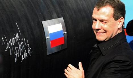 Medvedev starts Baltic gas pipeline construction