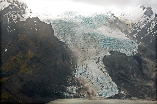 Another aerial photo of the glacier on the volcano.Photo: DPA