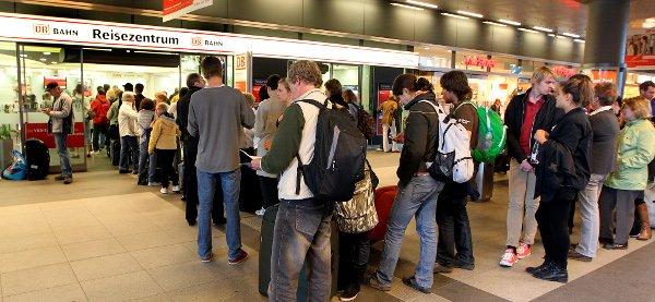 Many travellers turned to Deutsche Bahn, which put extra trains on the rails to accommodate higher passenger numbers.Photo: DPA