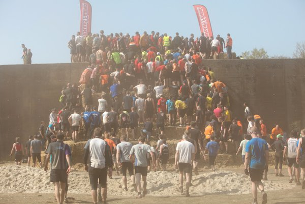 The bottlenecks at the obstacles gave the runners a well-earned break.Photo: Penny Bradfield