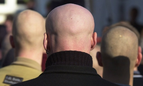 Neo-Nazis increase online social network activity for new recruits