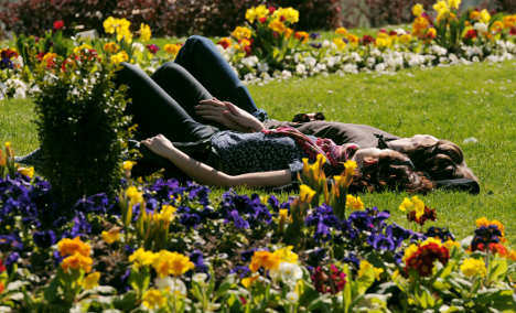 Sunny spring weather expected for the weekend