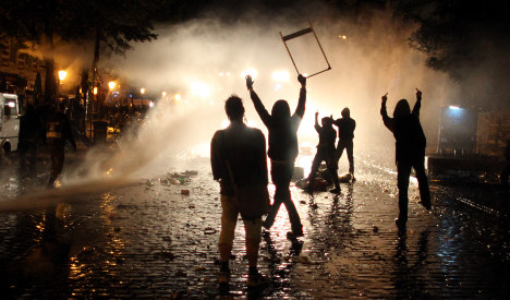 Police union warns of carnage during May Day protests