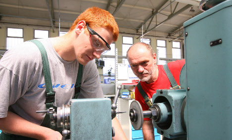 Industry leader defends 'unfit' young job trainees