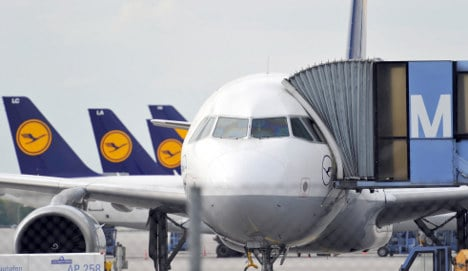 Southern German airports reopen after ash cloud scare