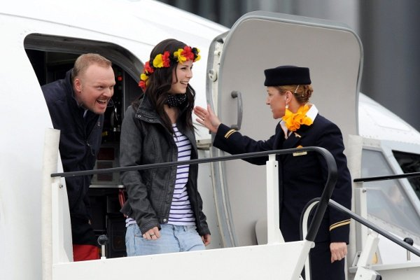 A crowd of 40,000 welcomed home Lena in Hannover on Sunday afternoon.Photo: DPA