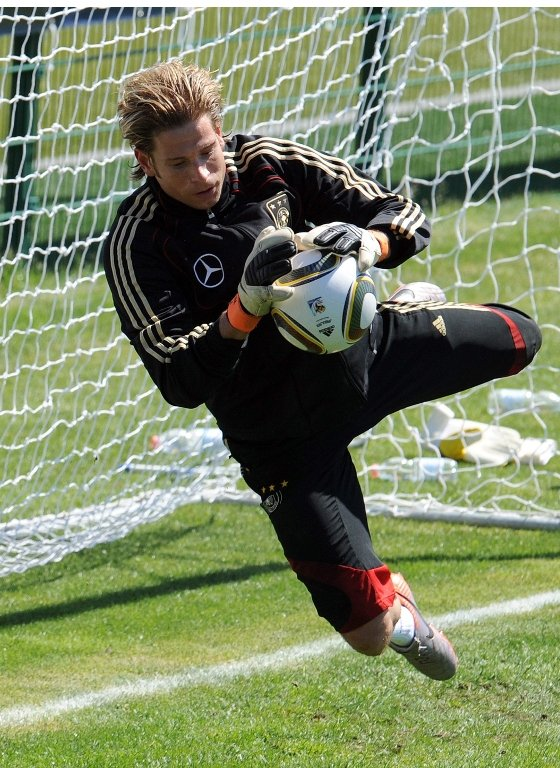 Tim Wiese<br>Tim Wiese, Werder Bremen's 28-year-old goalkeeper, is Joachim Löw's third choice keeper in the German squad. He is strong in one-on-one situations and fast to react. His international debut came quite late in his career in 2008, but would probably have come sooner had he not had two serious ligament tears in 2004 and 2005. Photo: DPA