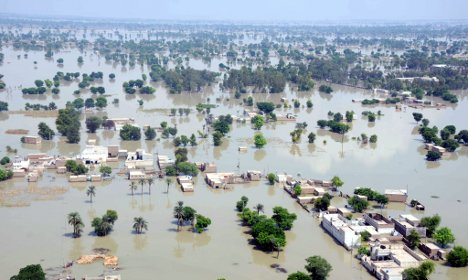 Donations for Pakistan flood victims slow to pick up