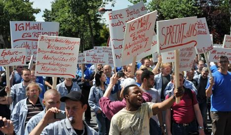 Trade unions switch to aggressive strategy