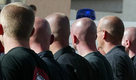 Interior Ministry raids neo-Nazi group locations nationwide