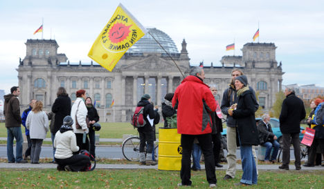 Vote to extend nuclear power sparks protests
