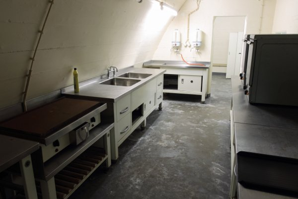 One of the Bundesbank bunker kitchens. The secret facility was constructed to accommodate up to 175 people for two weeks in the event of nuclear war. In addition to its own electricity generator, it has air-filtration and sewage systems, and an enormous tank of potable water. Photo: DPA