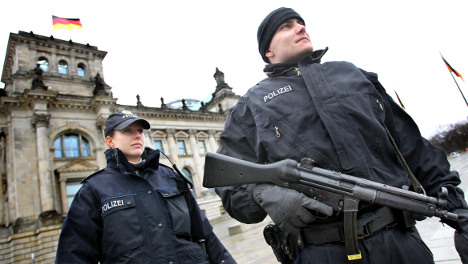 Reichstag dome closed amid terrorism fears