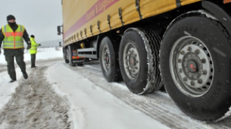 Transport minister rules out new winter-tyre laws