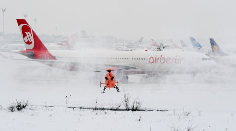 Travellers contend with snow and ice