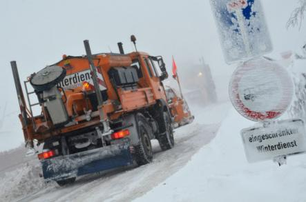 Winter weather cripples Germany