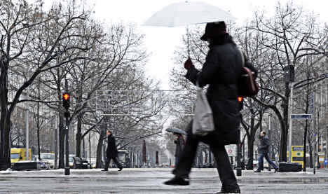 Warmer temperatures and rain expected to produce black ice