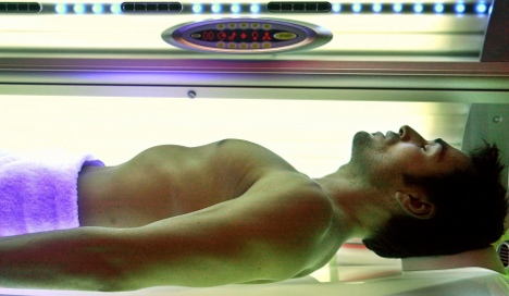 Self-operated tanning salons set to be banned