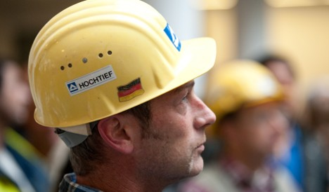 Hochtief shareholder to sell stake to Spain's ACS