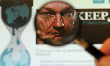 Newspapers appeal for Wikileaks protection