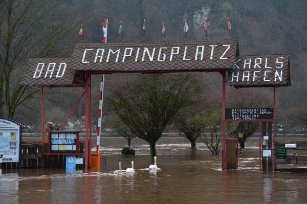 A flooded camping ground in Karlshafen, Northern Hesse.Photo: DPA