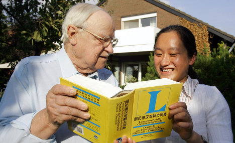 Retirees help foreign students adjust to German life