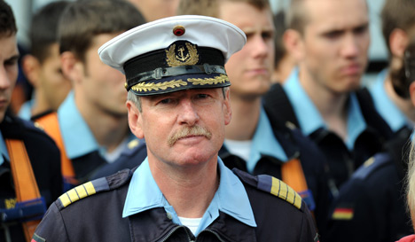 Calls go out to reinstate Gorch Fock commander