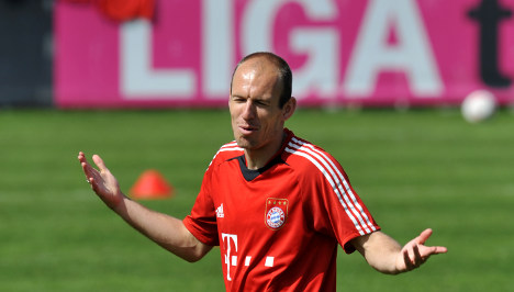 Red Robben suspended for two matches