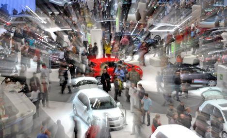 Auto sales race ahead for March