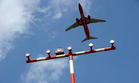 Airports reopened after ash cloud closure