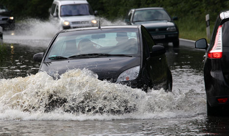 Steady rain causes flooding in eastern Germany