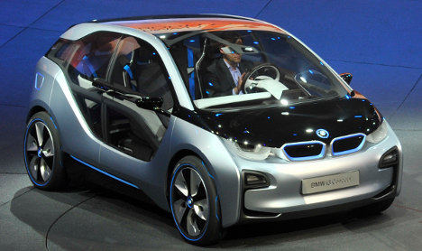 BMW unveils electric and hybrid concept cars