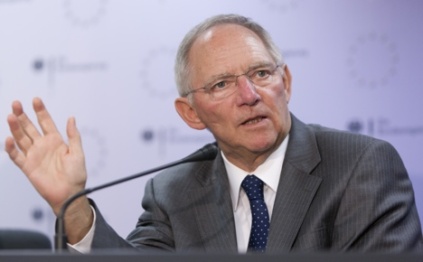 Schäuble calls for solidarity to fight crisis