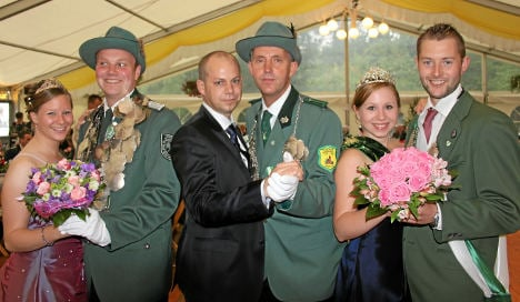 Gay marksman allowed to attend competition without his partner