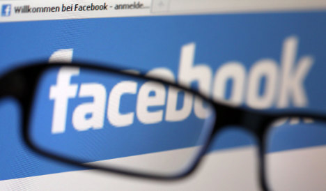 Aigner warns fellow ministers against using Facebook