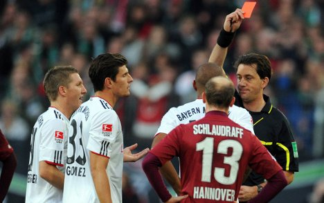 Bayern's league march halted by 2-1 defeat to Hannover