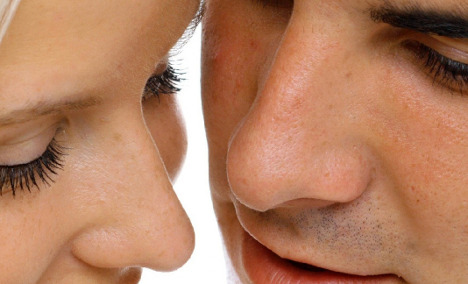 Scientists develop nose exam to detect Alzheimer's disease early