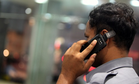 Hackers could hijack mobile phones