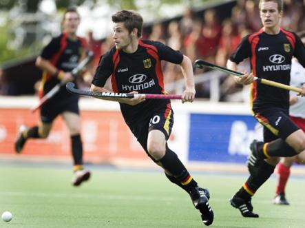 Martin Zwicker on the attack during a national team field hockey match. The men's field hockey team is one of Germany's best chances to strike gold at the 2012 Olympics.Photo: DPA