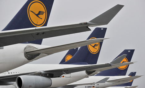 Lufthansa positive on biofuel but delays use