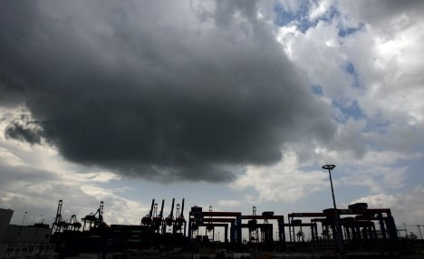 German economy shrinks at end of 2011