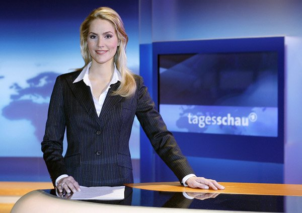 Judith Rakers<br>Journalist and TV presenter Rakers is arguably one of the most striking faces on serious German telly. The blonde Paderborn native presents the respected <i>Tagesschau</i> nightly news and has a string of reporting jobs behind her. Photo: DPA