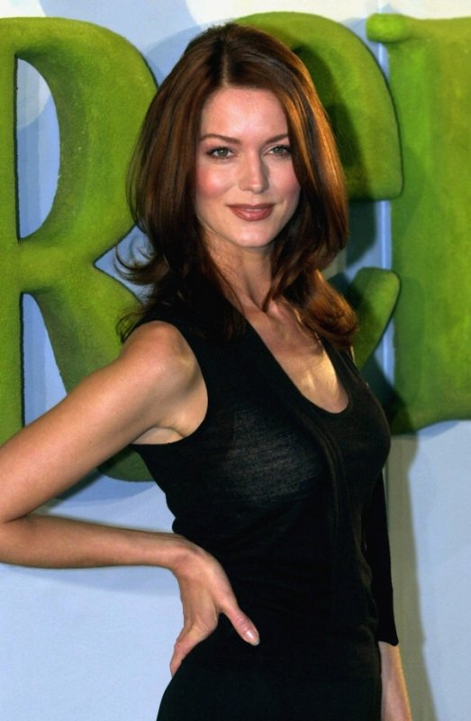 Esther Schweins<br>Comedienne Esther Schweins was born in Oberhausen, North Rhine-Westphalia and is now a regular on German telly. She also did the dubbing for the German versions of the Shrek films, playing the role of the princess. Photo: DPA