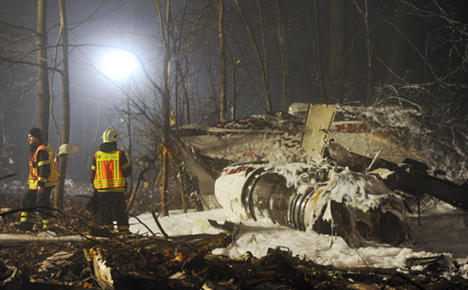 At least four dead in light aircraft crash