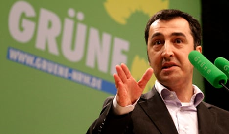 Greens not ruling out coalition with Pirates