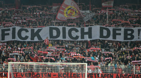'German hooligans look up to the English'