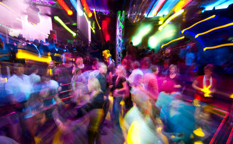 Nightclubs pull plug in license fee protest